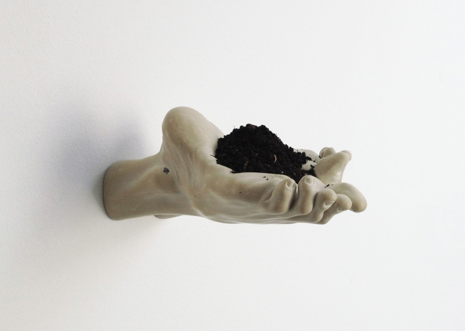 Bogdan Rata, This Hand of Dust, 2012, courtesy of Farideh Cadot & the artist