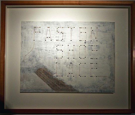 Pieter Laurens Mol, Fasten Shoe Lace, 2008, peinture et crayon sur photographie teinte et perforée, 30 x 39,5 cm, courtesy Farideh Cadot & the artist