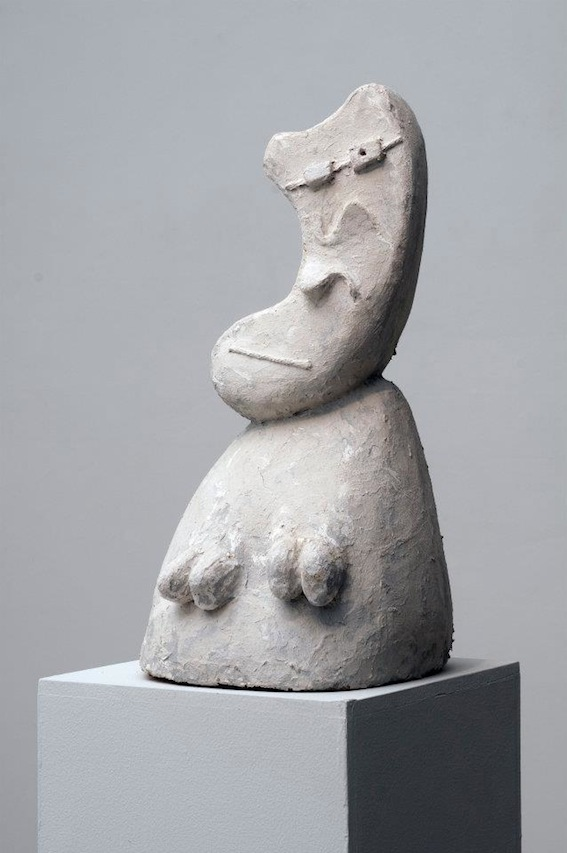 Joel Fisher, Sans Titre, 2011-2012, papier mâché, 50 x 25 5 x 24 cm, courtesy Farideh Cadot & the artist